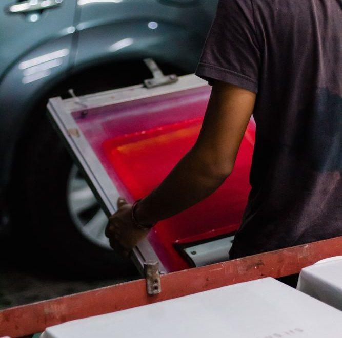 Nytta och hjälp med tryckta material